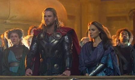 Chris Hemsworth y Natalie Portman en la Thor 2
