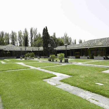 Las Lunas, un espacio para bodas muy romántico decorado por Erico Navazo