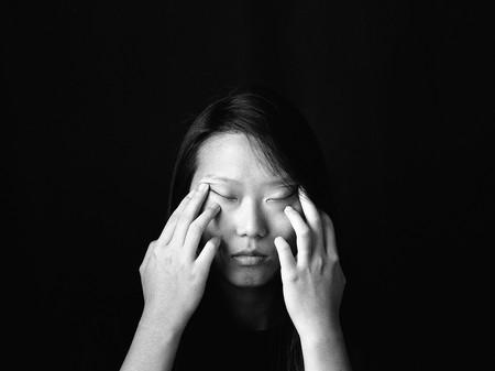 KyeongJun Yang es la ganadora del '2020 Zeiss Photography Award' con su serie 'Metamorphosis' sobre la inmigración