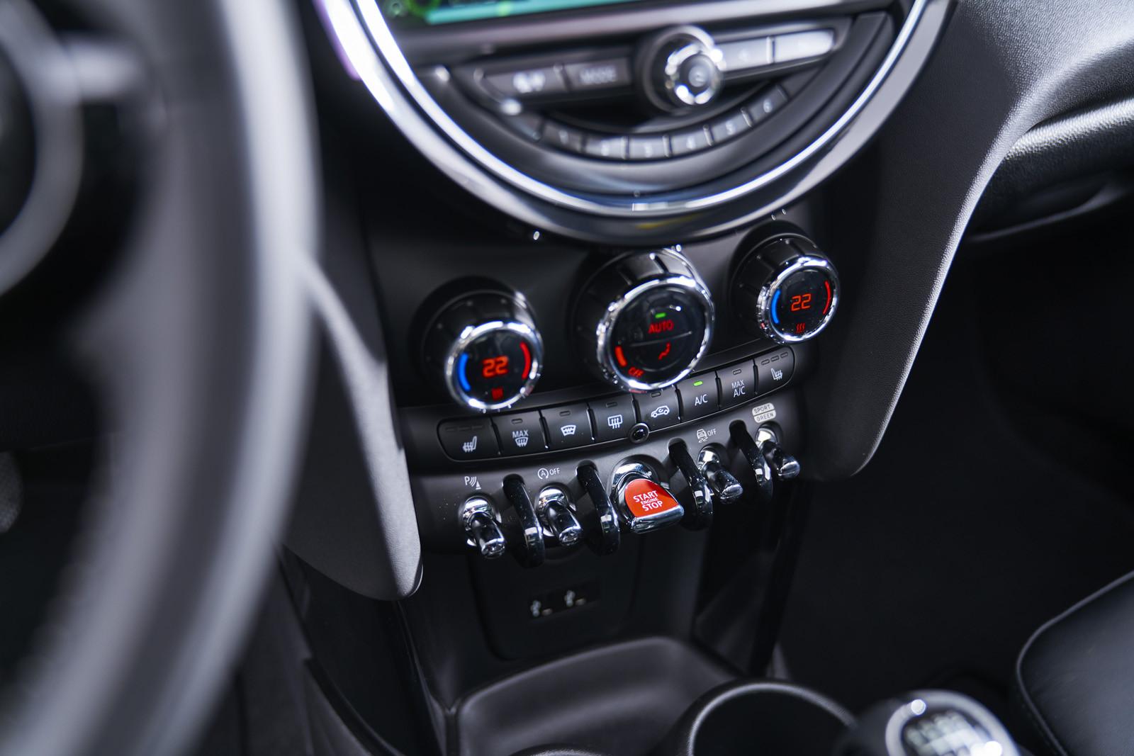 Foto de MINI Cooper S Cabrio 2019 (prueba) (36/61)