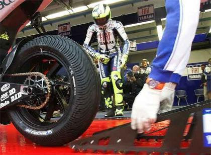 Valentino Rossi y Bridgestone podrían tenerlo hecho para 2008