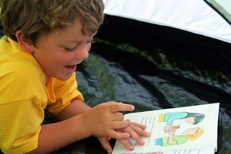 Concurso de fotografía 'Leer en casa' para compartir los mejores momentos de lectura familiar