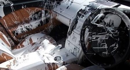 Pintar el interior de tu Maserati Quattroporte como lo habría hecho Jackson Pollock