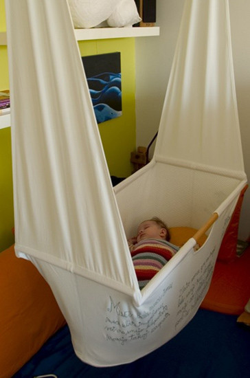 Hazlo tú mismo: una cuna colgante para tu bebé