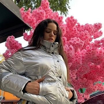 No desesperes por no ver a Rosalía en el Coachella, lo podrás hacer a través del streaming de YouTube