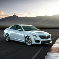El Cadillac CTS-V Glacier Metallic Edition celebra los 115 años de historia de la marca