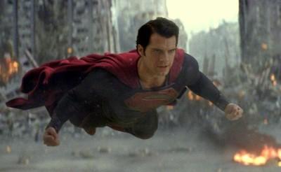 'El hombre de acero', un Superman diferente, caótico y destructivo