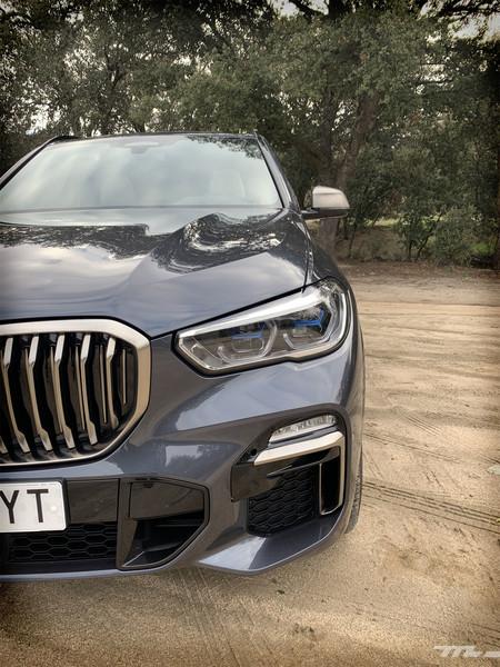 BMW X5 M50d detalles frontales