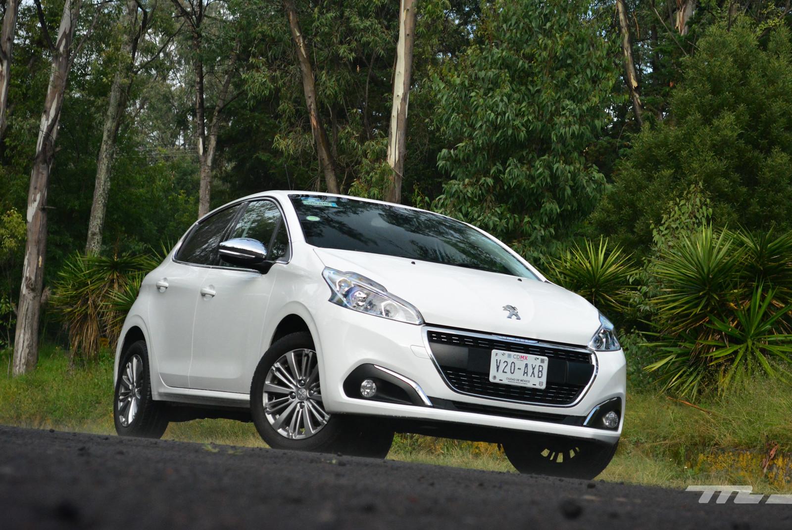 Foto de Peugeot 208 Puretech (1/17)