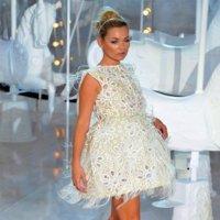 Louis Vuitton Primavera-Verano 2012: aparentando un cuerpo que no es