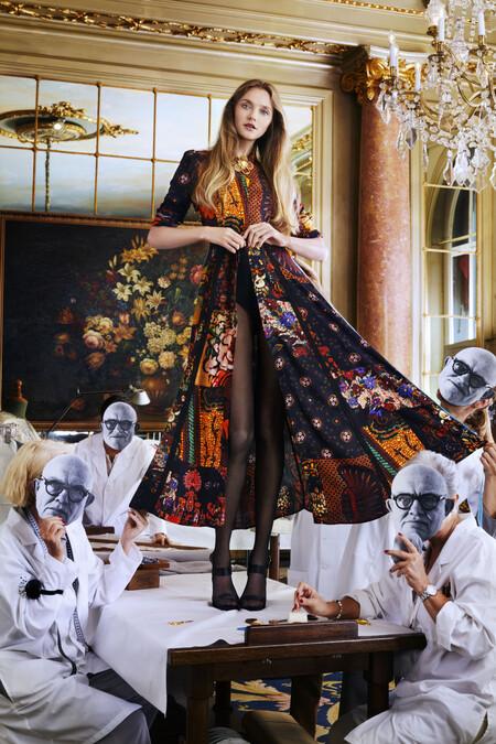 Vestido de la colección de Desigual x MrChristianLacroix