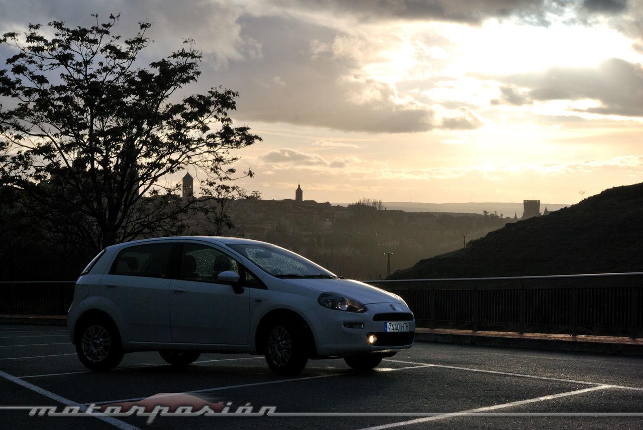 Foto de Fiat Punto 1.4 GLP (prueba) (30/70)