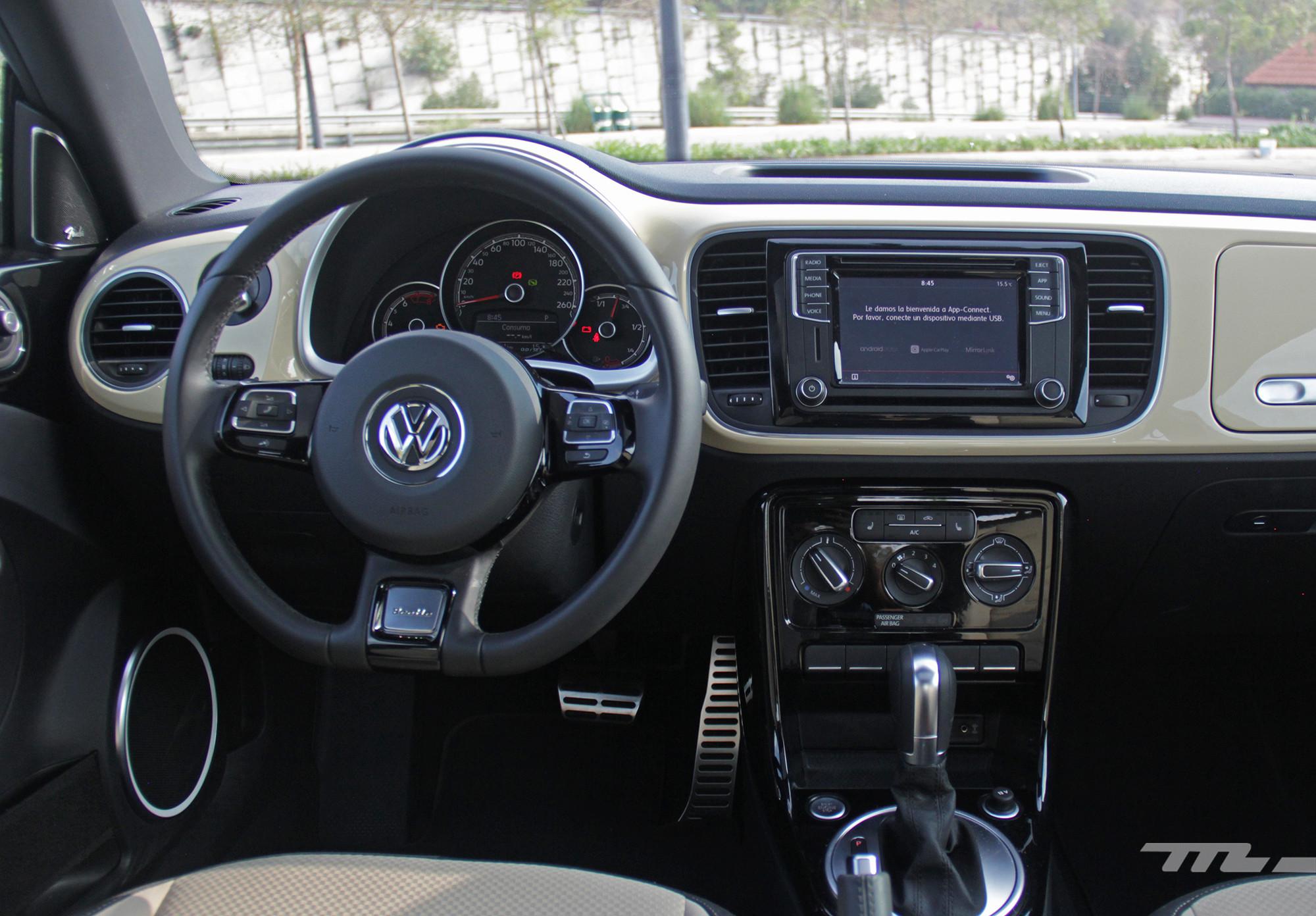 Foto de Volkswagen Beetle Final Edition 2019 prueba (16/25)
