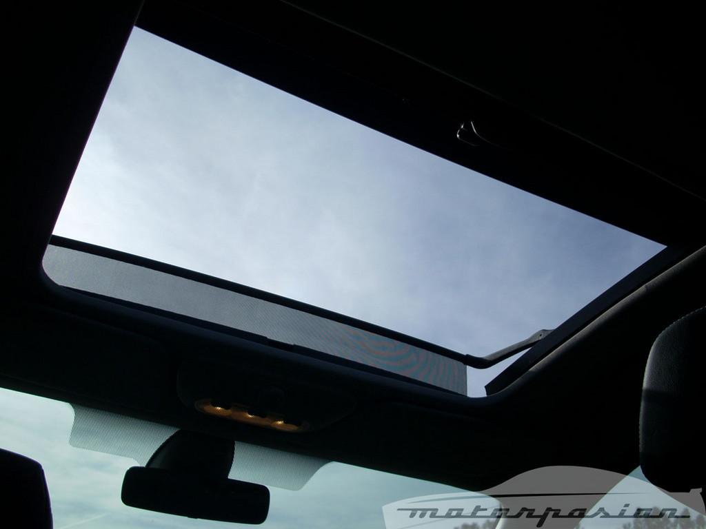 Foto de Renault Clio 2.0 16v (24/28)