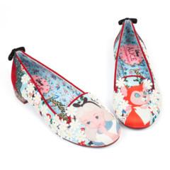 Foto 12 de 88 de la galería zapatos-alicia-en-el-pais-de-las-maravillas en Trendencias