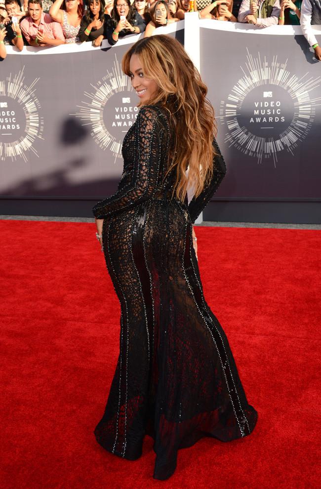 Beyonce Curvas