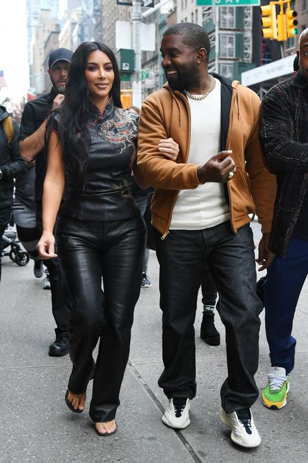 Kim Kardashian Total Look Negro 03