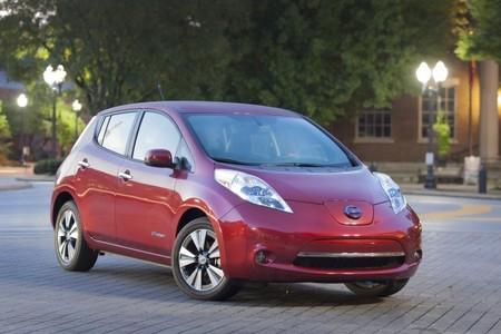 La próxima generación del Nissan LEAF prevé un cambio en su diseño y apunta a los 300 kilómetros de autonomía