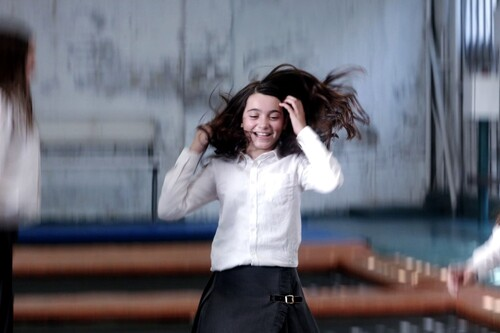 'Las niñas': una delicada memoria emocional sobre el inicio del fin de la inocencia