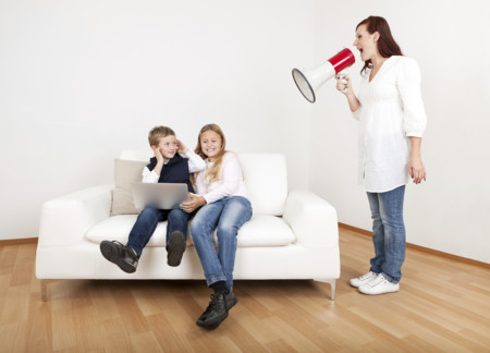 Exigir demasiado a nuestros hijos puede convertirnos en padres infelices