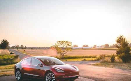 Tesla finalmente lanza la versión de 35,000 dólares del Model 3: nuevos interiores y una autonomía de 354 kilómetros