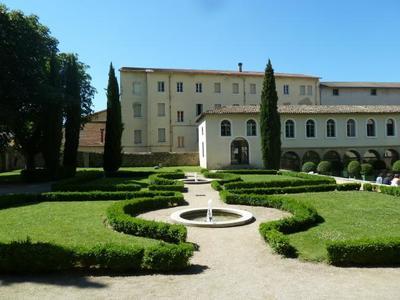 Visita al Museo Internacional del Calzado, en Romans