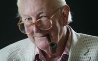Muere a los 85 años Tom Sharpe, creador del mítico 'Wilt'
