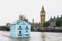 Casas poco convencionales: un chalet flotando por el Támesis