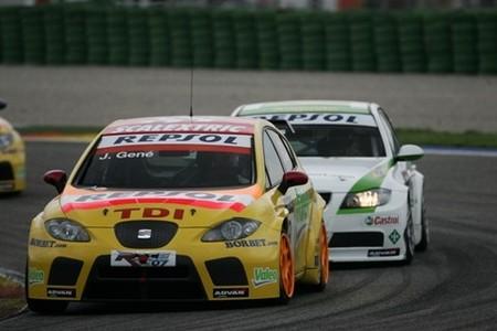La FIA sigue a la caza de los Seat León TDI