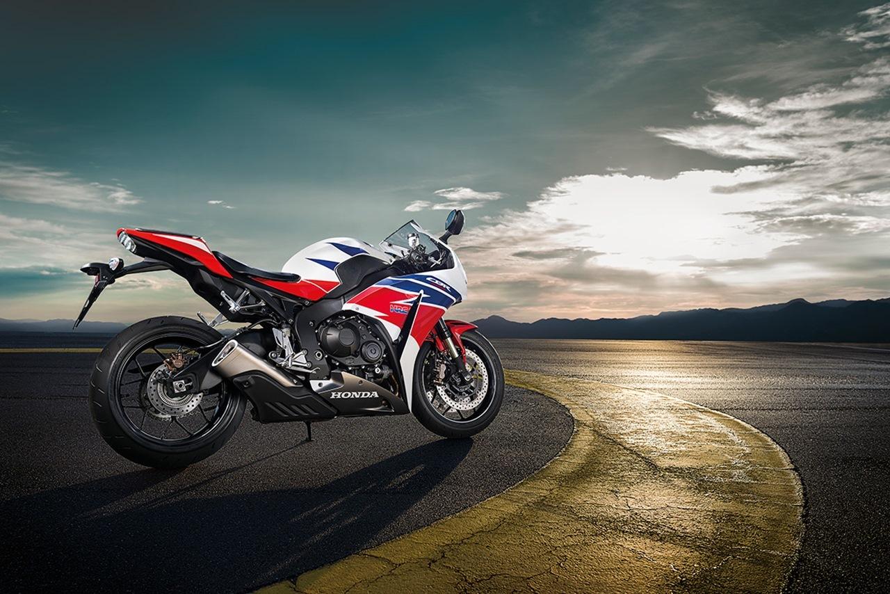 Foto de Honda CBR1000RR (4/10)