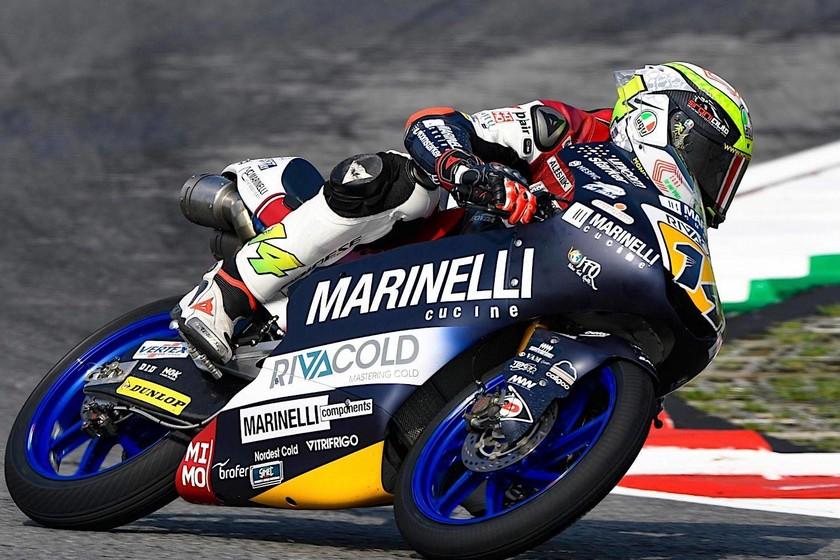Un inspiradísimo Tony Arbolino se lleva la pole de Moto3 en el GP de Valencia