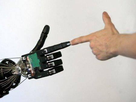 El proyecto HANDLE desarrollará una mano artificial con destrezas similares a las de las manos humanas