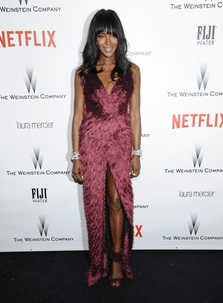 Y las plumas de Naomi Campbell