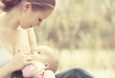 Las tasas de lactancia materna en España aún tienen que mejorar mucho