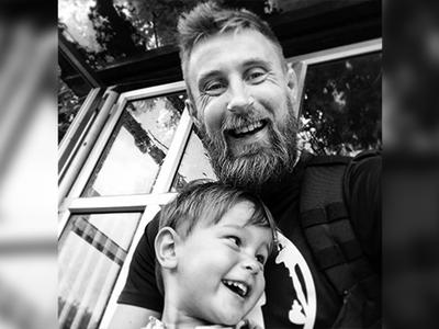 Un padre comparte las 10 cosas más importantes que aprendió, un año después de perder a su hijo