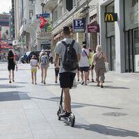 La Fiscalía pide 6.000 euros de multa a un conductor por circular con un patinete eléctrico 'fake' que alcanzaba los 55 km/h
