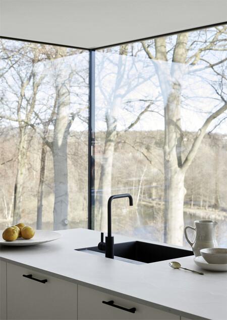 Veda White Detail13 Kitchen Kvik
