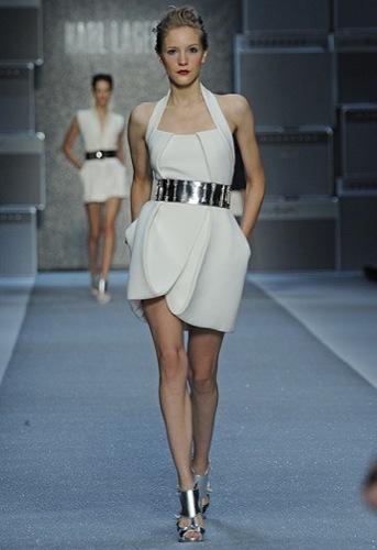 Karl Lagerfeld, Primavera-Verano 2010 en la Semana de la Moda de París IV