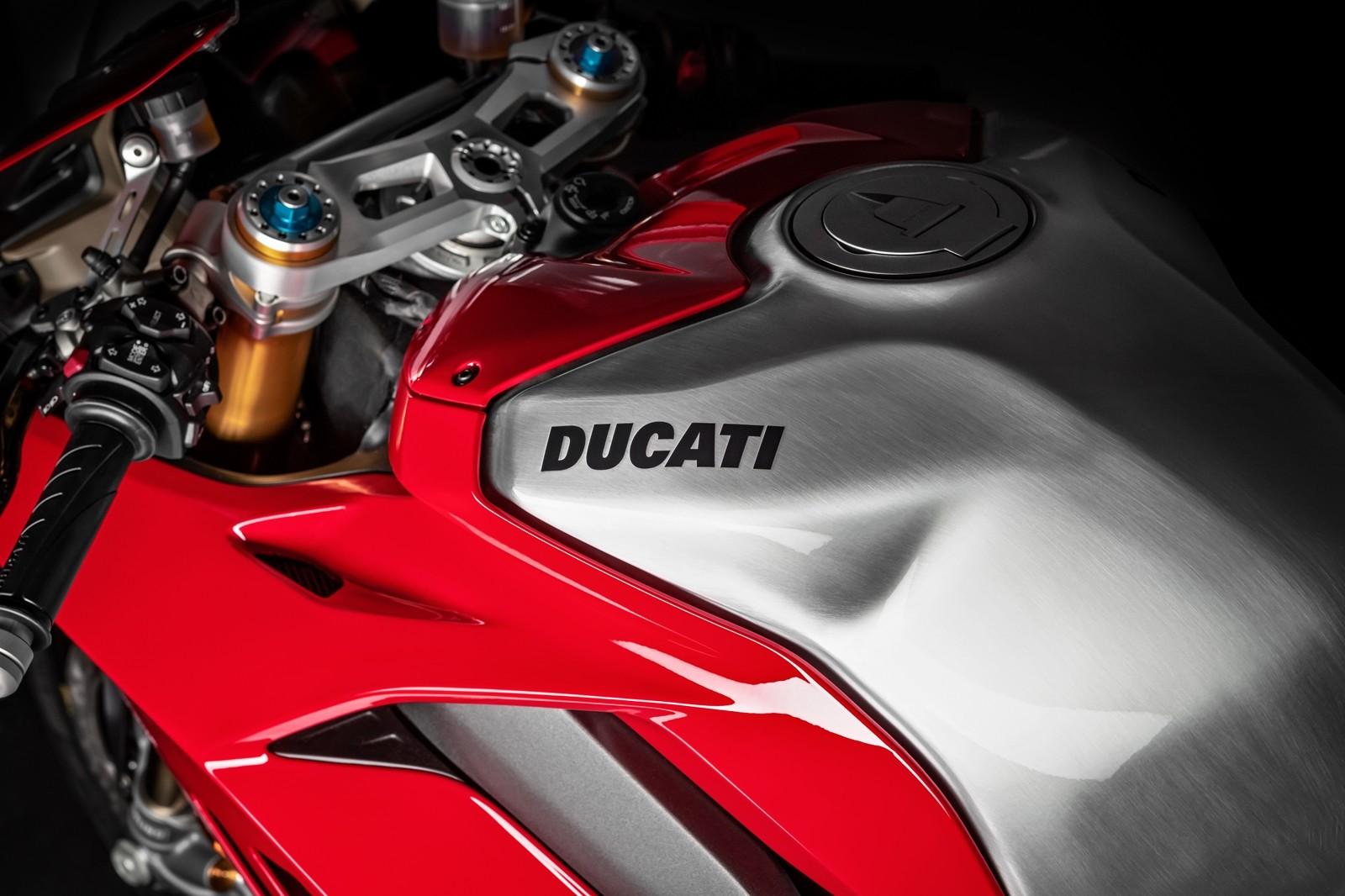 Foto de Ducati Panigale V4 R 2019 (61/87)