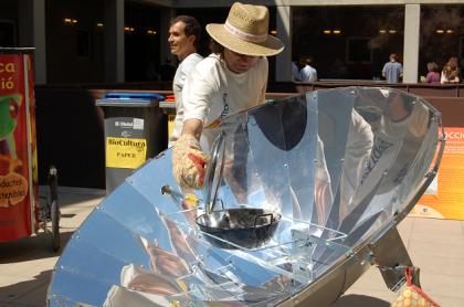 cocina_solar_biocultura_1.PNG
