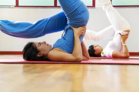 A cada deporte su ropa y accesorios adecuados: spinning, Pilates, Yoga y running