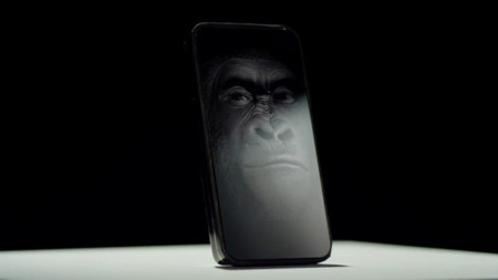 Corning Gorilla Glass 4 se ríe de las caídas
