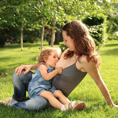 La lactancia materna prolongada no provoca caries