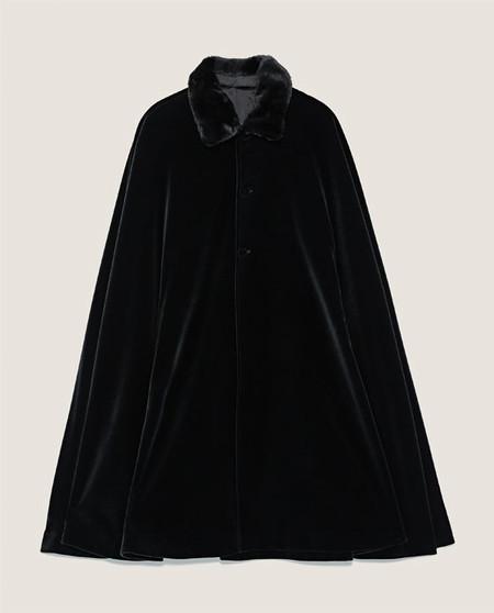 Para Tu Disfraz De Dracula O Volver Al Siglo Xix La Capa De Terciopelo De Zara Que Querras Llevar