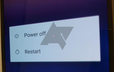Google por fin incluiría un botón de reinicio en el menú de los nuevos Pixel