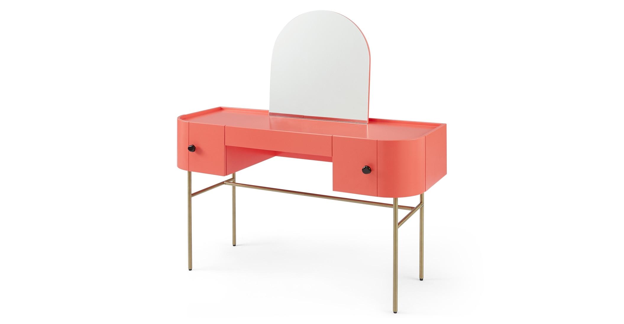 Mesa tocador Tandy, rosa coral con manijas negras brillantes y patas de latón