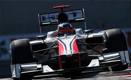 GP de Abu Dhabi F1 2011: los dos HRT se mezclan con los Virgin