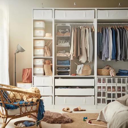 Orden en casa. Estas son las mejores cajas de Ikea para poner en orden la ropa y los zapatos de tu armario