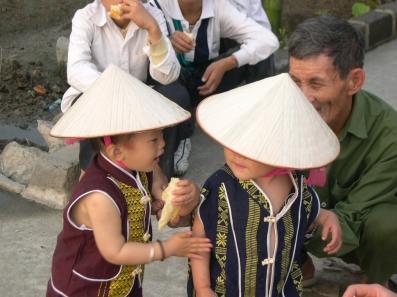 Vietnam sufre un espectacular crecimiento de la natalidad