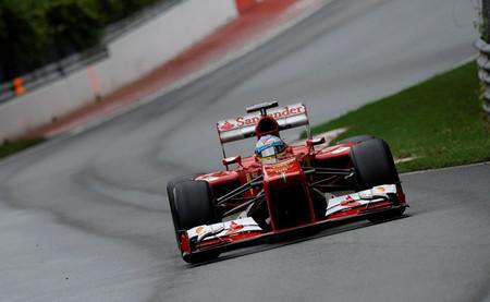 Fernando Alonso realiza una carrera sólida hasta la segunda posición